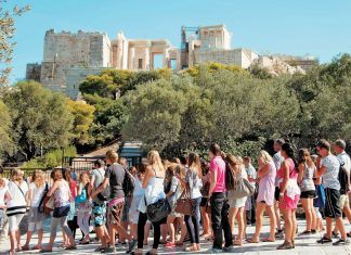 Ελλάδα ψηφίζουν και για το 2018 οι Γάλλοι τουρίστες