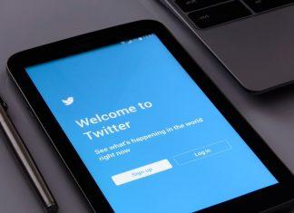 Το Twitter επιστρατεύει τους χρήστες του στη μάχη κατά των fake news