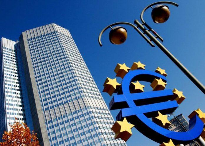 Διχασμένη η ΕΚΤ για την πολιτική που πρέπει να ακολουθήσει