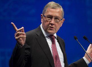 Ρέγκλινγκ: «Ναι» σε ελάφρυνση του χρέους
