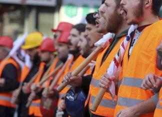 Απεργούν οι εργαζόμενοι στα λιμάνια