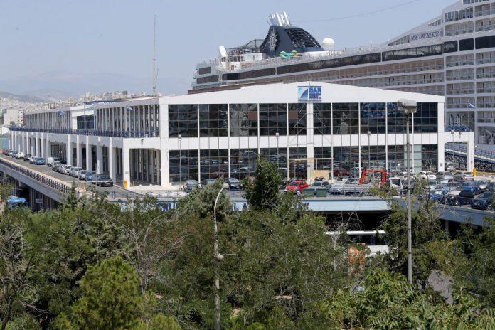 Αυξήθηκε η διακίνηση των επιβατών στους ελληνικούς λιμένες