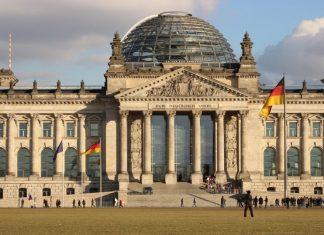 Η γερμανική οικονομία συρρικνώθηκε κατά 5,0% το 2020