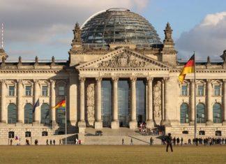 Γερμανία: Το Συνταγματικό Δικαστήριο αποφασίζει για την νομιμότητα αγοράς ομολόγων της ΕΚΤ