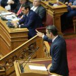 Μητσοτάκης καλεί Τσίπρα στη Βουλή για την Οικονομία