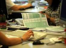 Φορολογία: Τι προβλέπεται για χαμηλά εισοδήματα και μικρές επιχειρήσεις