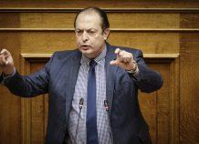 Λαζαρίδης: Δεν παραδίδω την έδρα μου