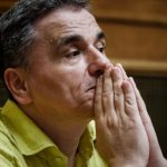 Τσακαλώτος σε Reuters: Ενδεχόμενη επανεξέταση για τα πλεονάσματα
