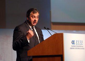 Β. Κορκίδης: Τα μνημόνια φεύγουν, μέτρα μένουν, φόροι έρχονται
