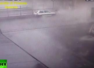 Βίντεο - σοκ: Η στιγμή κατάρρευσης της γέφυρας στη Γένοβα