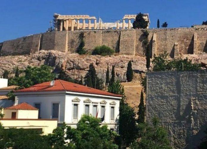 Απώλειες 350 εκατομμυρίων ευρώ ανακοινώνουν τα ξενοδοχεία Αθήνας - Θεσσαλονίκης στο 6άμηνο του έτους