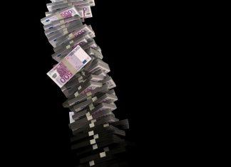 """""""Ψήλωσαν"""" τα φέσια προς το δημόσιο: Πόσα λείπουν από τα κρατικά ταμεία"""