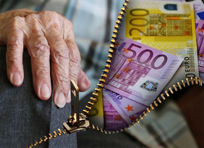 Σήμερα η πρώτη φάση καταβολής της αποζημίωσης ειδικού σκοπού των 800 ευρώ