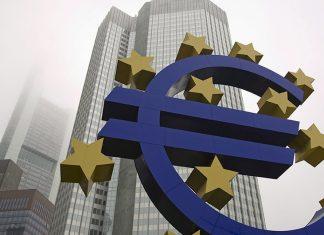 Στα είκοσι χρόνια του, το ευρώ υπονομεύεται από μια ύπουλη ασθένεια