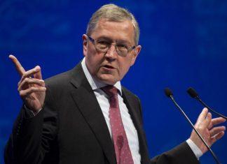 «Βιώσιμο» θεωρεί το ελληνικό δημόσιο χρέος ο επικεφαλής του ESM Κλάους Ρέγκλινγκ