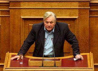 """Παπαχριστόπουλος: """"Θα ψηφίσω τη συμφωνία των Πρεσπών και θα παραδώσω την έδρα μου"""" (Video)"""