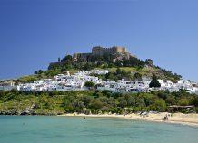 """Η Ελλάδα ονειρεύεται τουριστικό comeback το καλοκαίρι"""", γράφει το Δίκτυο RND"""