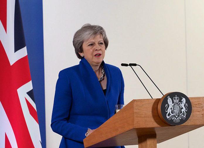 Τη «νέα της συμφωνία για το Brexit» παρουσίασε η Τερέζα Μέι
