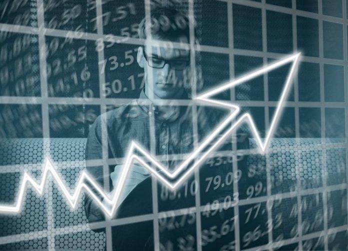 ΣΕΒ: Ο ρυθμός ανάπτυξης επιταχύνθηκε σε +2,2% το γ' τρίμηνο του 2018