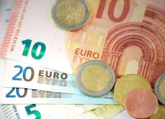 Στις 16.378 ευρώ το κατά κεφαλήν ΑΕΠ στη χώρα το 2016
