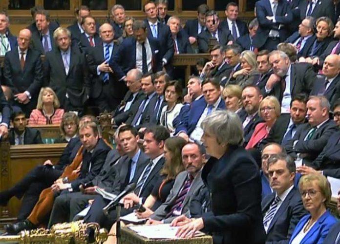 Brexit: Απορρίφθηκαν από το κοινοβούλιο και οι οκτώ προτάσεις που είχαν τεθεί σε ψηφοφορία
