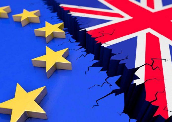 Σ. Μισέλ: Για την ΕΕ, η Βρετανία πρέπει να εφαρμόσει τη συμφωνία του Brexit, «τελεία και παύλα»