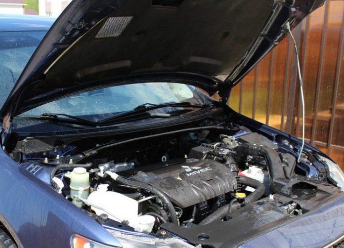 Εντοπισμός 164 κλεμμένων κινητήρων αυτοκινήτων στη διάρκεια αστυνομικής επιχείρησης