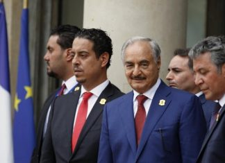 Ο Χάφταρ έφυγε από τη Μόσχα χωρίς να υπογράψει τη συμφωνία κατάπαυσης του πυρός στη Λιβύη