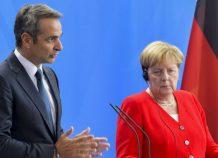 Τη δυσαρέσκειά του για τη μη συμμετοχή της Ελλάδας στη Διάσκεψη του Βερολίνου εξέφρασε ο πρωθυπουργός