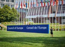 Κυρώσεις της ΕΕ σε 3 εταιρείες, ανάμεσά τους μια τουρκική, για παραβιάσεις του εμπάργκο όπλων στη Λιβύη