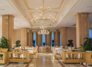 Δεν θα λειτουργήσουν τα εστιατόρια των ξενοδοχείων κατά την παραμονή και ανήμερα των Χριστουγέννων και της Πρωτοχρονιάς