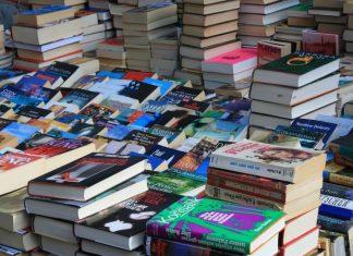Από σήμερα βιβλιοπωλεία, κομμωτήρια, κουρεία και ΚΤΕΟ