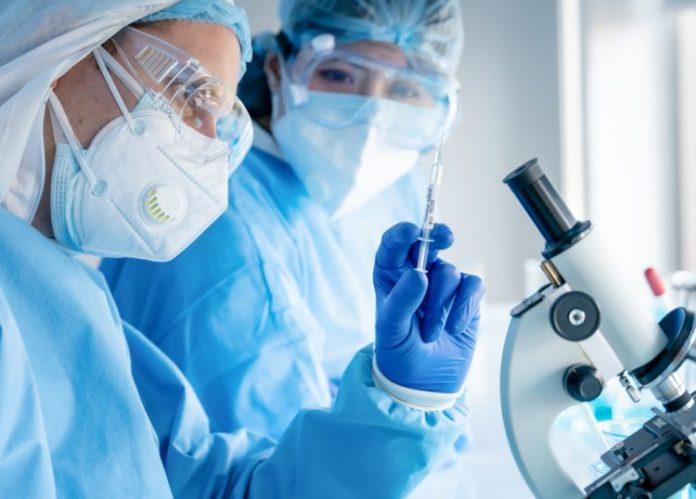 Σε λειτουργία το απόγευμα η πλατφόρμα για τα ραντεβού εμβολιασμού κατά της Covid-19