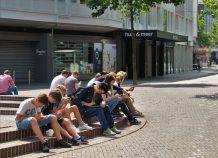 Focus Bari: Η αυξημένη χρήση κοινωνικών δικτύων κατά το lockdown φέρνει κατάθλιψη (pdf)